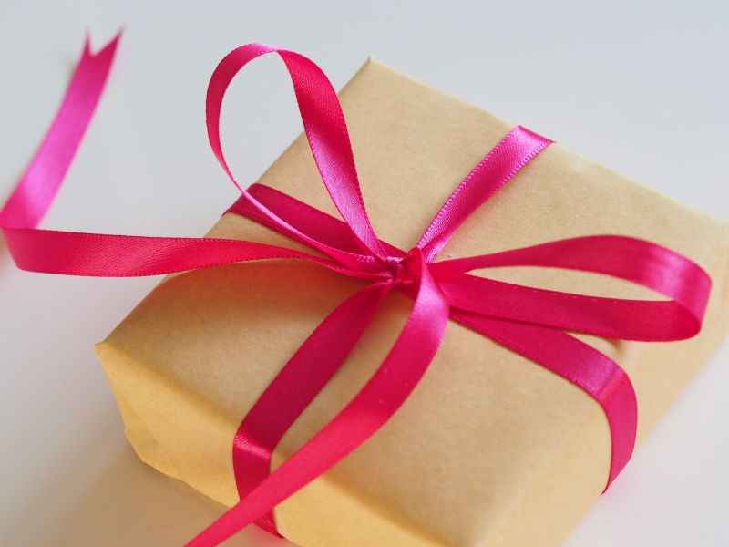 Boxes for gifts - Give your customers luxury