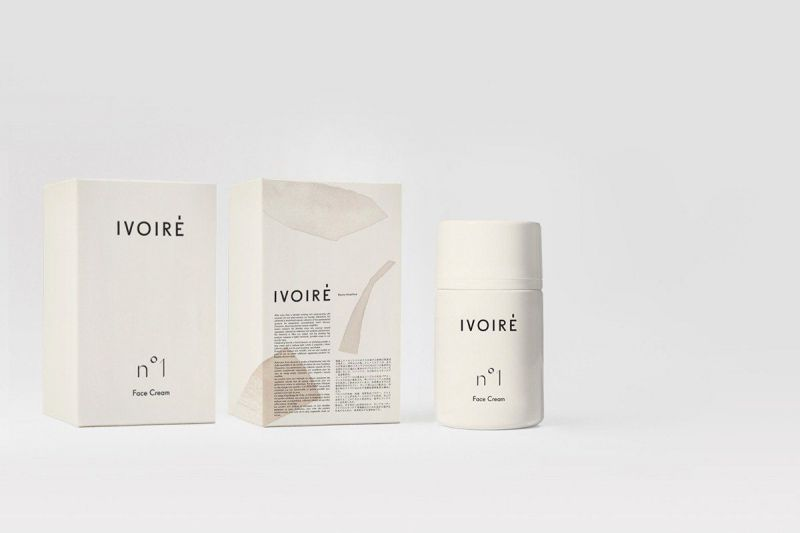 boxes with imprint ivoire
