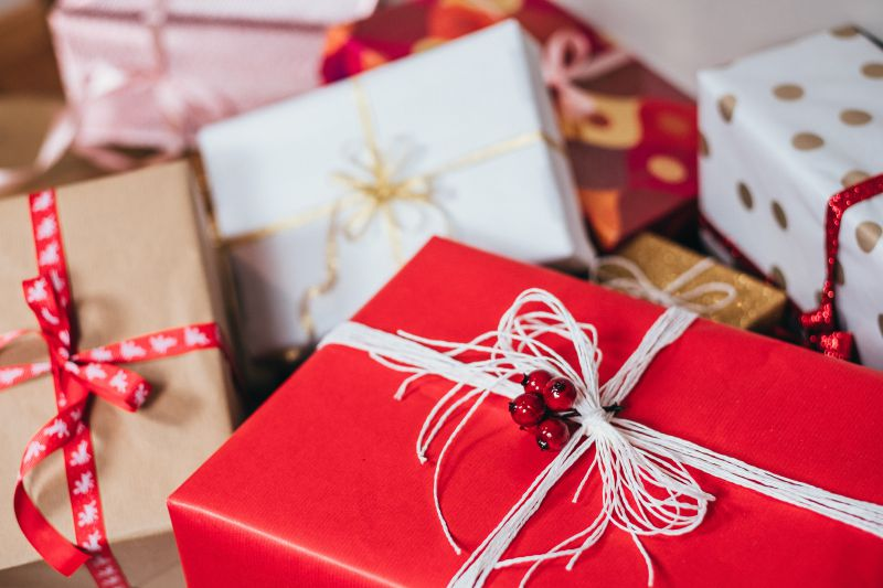 Christmas packaging - the most popular colours